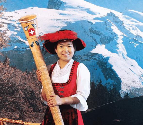 Folklore : Fascination artistique et malentendus identitaires
