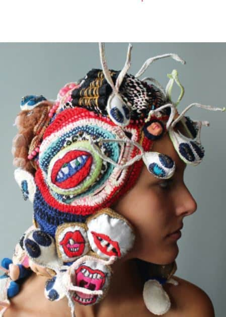 Dossier : les artistes et le vêtement